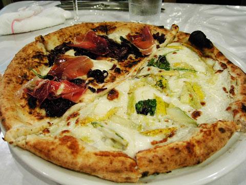 sakuragumi_pizza2.jpg