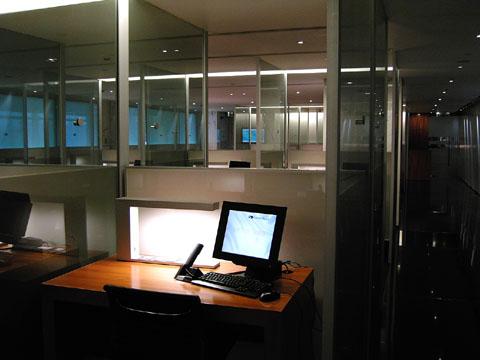 airport_PCroom.jpg